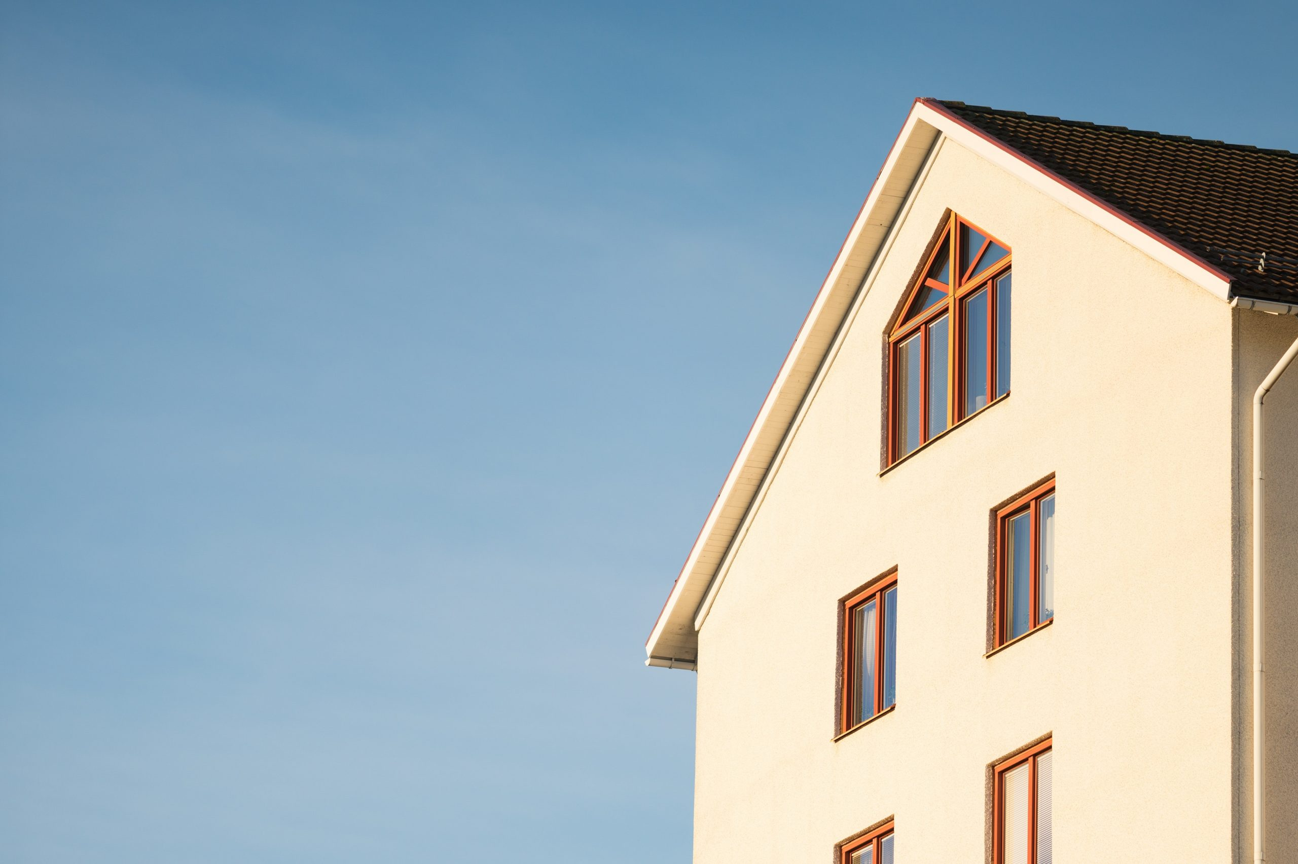 What colour should window frames be?
